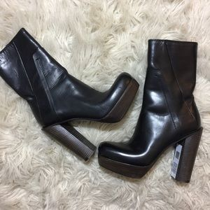 Costume National NWT Platform Leather Ankle Boots